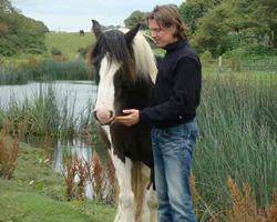 Feel-it.at * Mag. Christoph Stangl mit Pferd